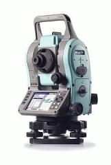 Nikon Nivo C tacheometer