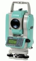 Nikon NPL-352 tacheometer