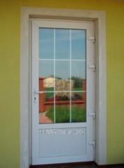 Пластиковая дверь из разных профилей 3,4,5, и 6-и