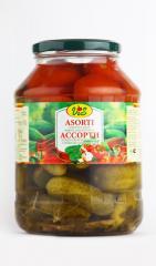 Консервация Ассорти из огурцов и томатов