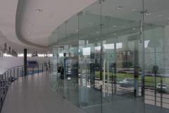 All-glass partitions for offices and premises