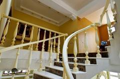 La escalera a tornillo de las modas AE003