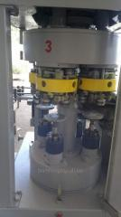 The equipment for roll-in of cans for Export from
