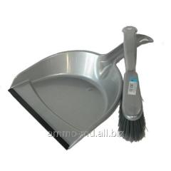 Set for cleaning (a scoop with an elastic band + a