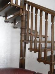 Wooden ladder of Scari aeriene look 64