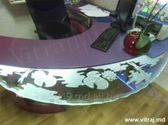 Etched glass for table
