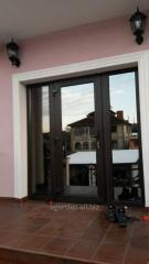 Glass entrance doors (usi de exterior cu sticle)