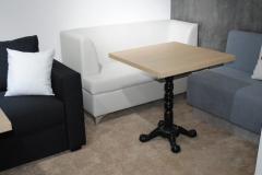 Стол №6 700*700*36 мм (нога литая фигурная)