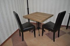 Стол №7 700*700*36 мм (нога алюминиевая черная)