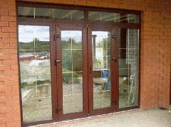 Двери для частных домов