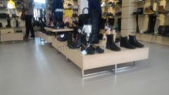 Торговая тумба для обуви