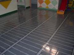 Infrared heat-insulated floor