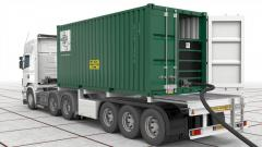 Containers for transport of liquid cargo