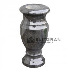 Vază de granit L2 pe cimitir
