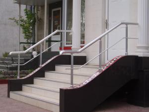 Балконные перила алюминиевые