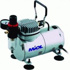 The minicompressor oil-free Miol 81-120 (for an