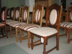 Mese si scaune din lemn