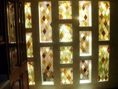 Stained-glass windows in niches, partitions