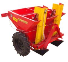 Maşină de plantat cartofi