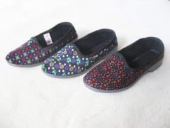 Обувь комнатная