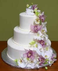 Свадебный торт на заказ в  Ресторан DIVA BANQUET