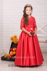 Hire and sale of elegant dresses for girls and