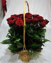 Bouquets from roses. Delivery across Moldova and