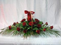 Baskets with flowers. Delivery in Moldova and