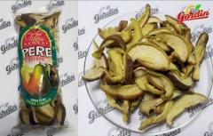 Pears dried for export from Moldova