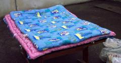 Одеяло для взрослых пестрой сине-голубой расцветки