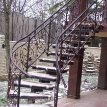 Внутриквартирные лестницы, Лестницы из нержавеющей
