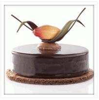 Decor chocolate on cakes