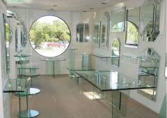 Glass furniture in Chisina