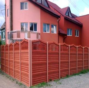 Секционный бетонный забор в Молдове