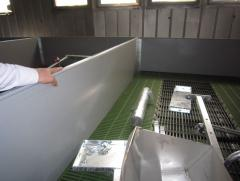 Installation of equipment for a pigsty