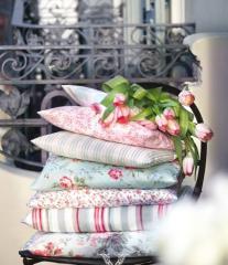 Подушки дизайнерские