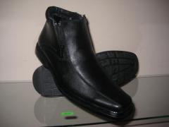 Мужские ботинки. Производство Молдова