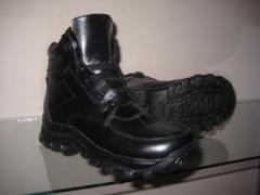 Удобная зимняя обувь для мужчин. Производство