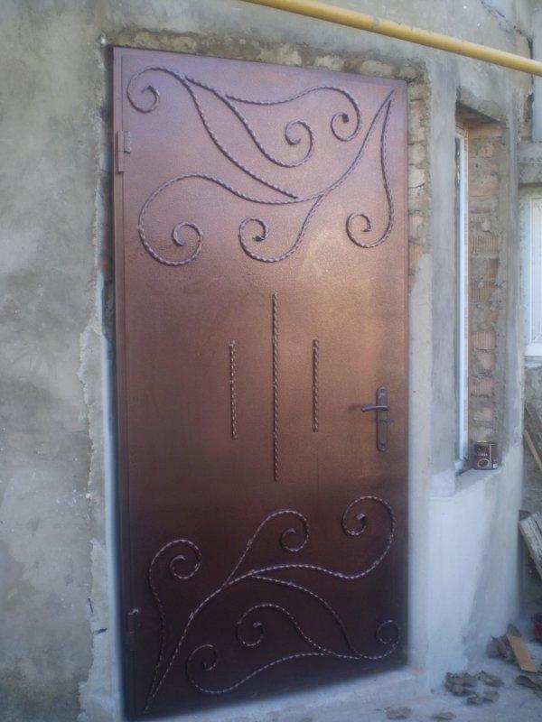 dveri_vhodnye_metallicheskie_na_zakaz_v_moldove
