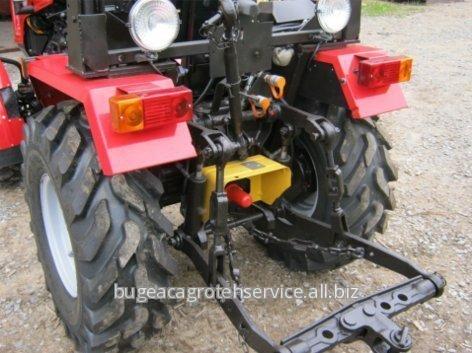 traktor_belarus_321