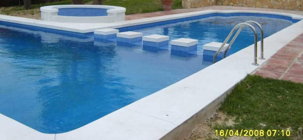 Constructia piscinelor la comanda
