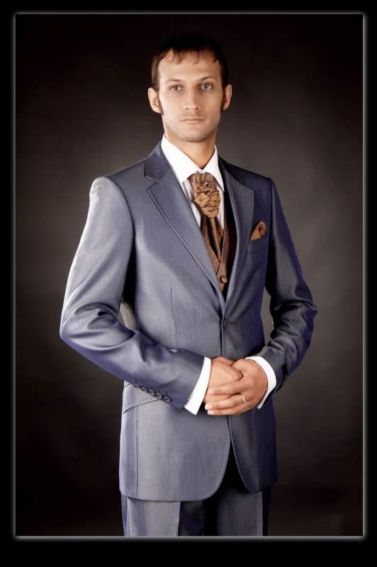 Пошив мужской верхней одежды любой сложности.Ремонт одежды,подгонка готовой одежды.