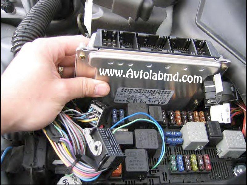 Заказать Программирование, замена и ремонт блоков управления двигателем и акпп автомобилей Мерседес Бенц