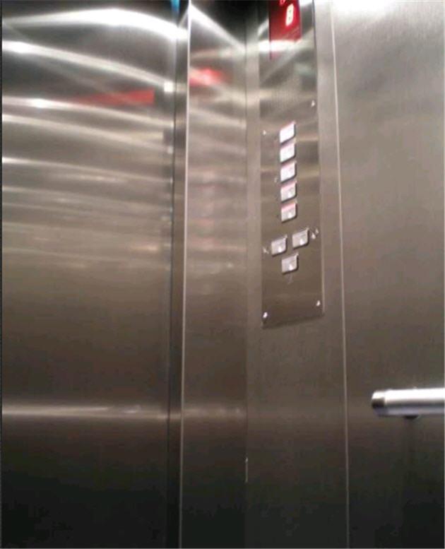 """Модернизация лифтов """"освежение"""" кабины лифта"""