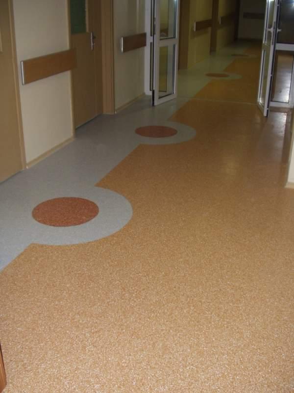 Comanda Instalare de podele turnate din materiale polimerice