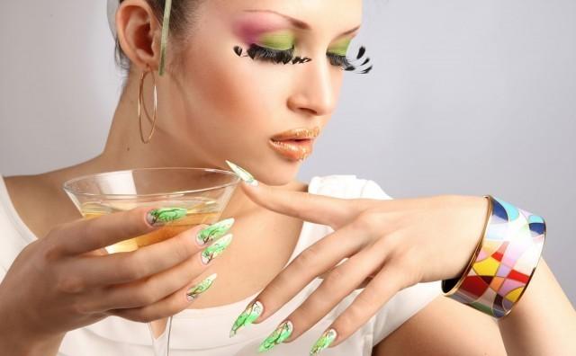 обучение наращиванию ногтей: