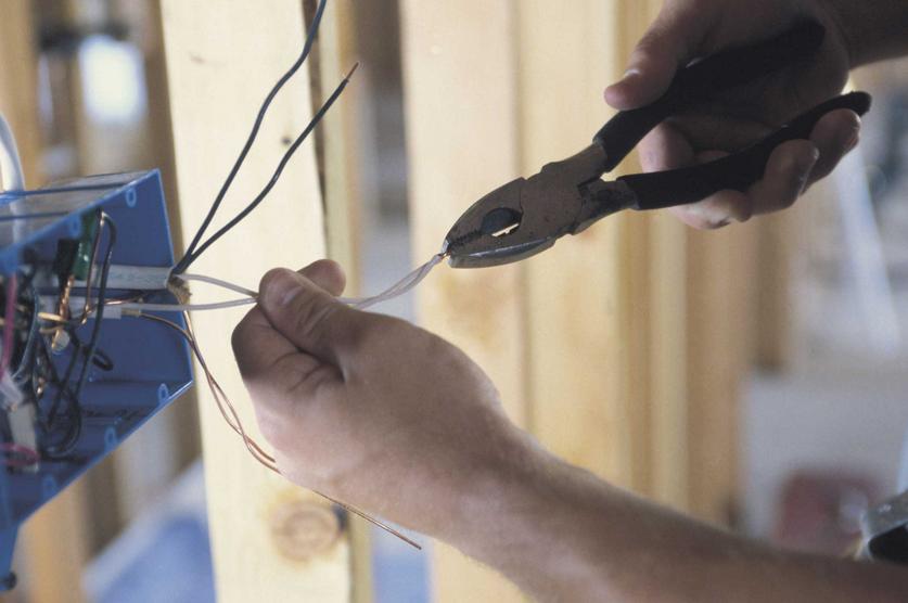 Order Electric installation work / Lucrări de instalații electrice