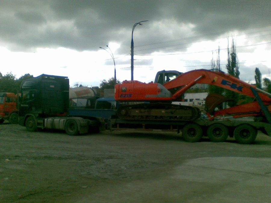 Заказать Tral 40tn.Transportare mecanizme, excavatoare.