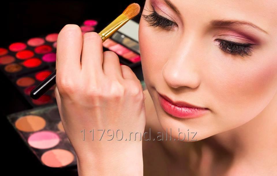 Заказать Базовый курс «Основы профессионального макияжа»
