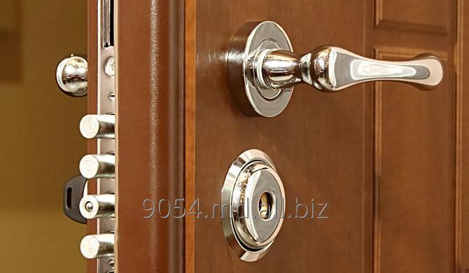 Заказать Замена дверей любого типа